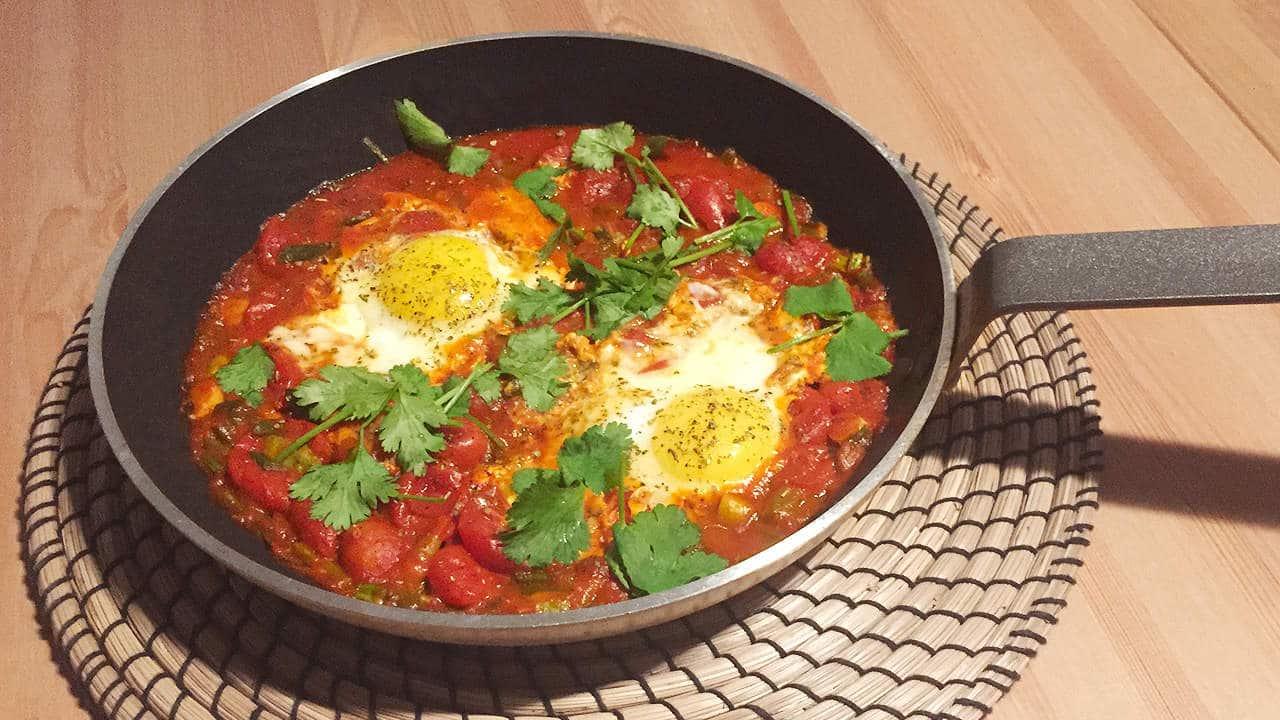 Sanguinum Abnehmrezept für Shakshuka, oder pochierte Eier in Tomatensauce