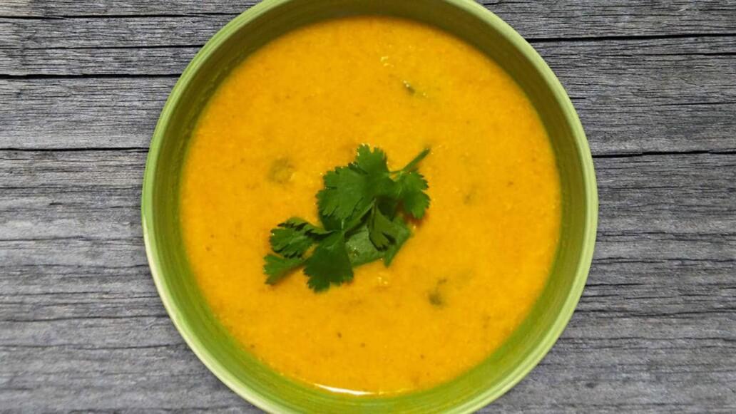 Low Carb Abendessen: Rezept für Möhren-Ingwer-Suppe zum Abnehmen