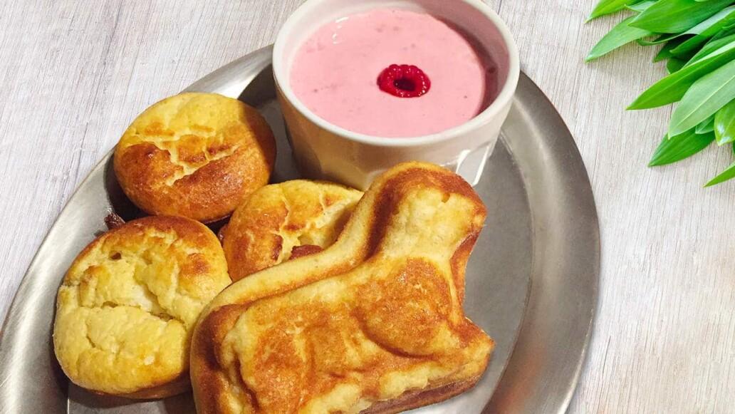 Himmlisches Oster-Dessert: Quarklamm ohne Mehl, mit Himbeercreme
