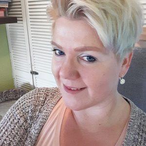 Abnehmbloggerin Yvonne, welche bei Sonja Streit aus Badem in der Sanguinum Stoffwechselkur ist.
