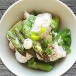 Low Carb Rezept zur Spargelsaison: Blumenkohlsalat mit grünem Spargel!