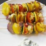 Sanguinum Abnehmrezept: Bunte Spieße mit Gemüse und Hähnchen