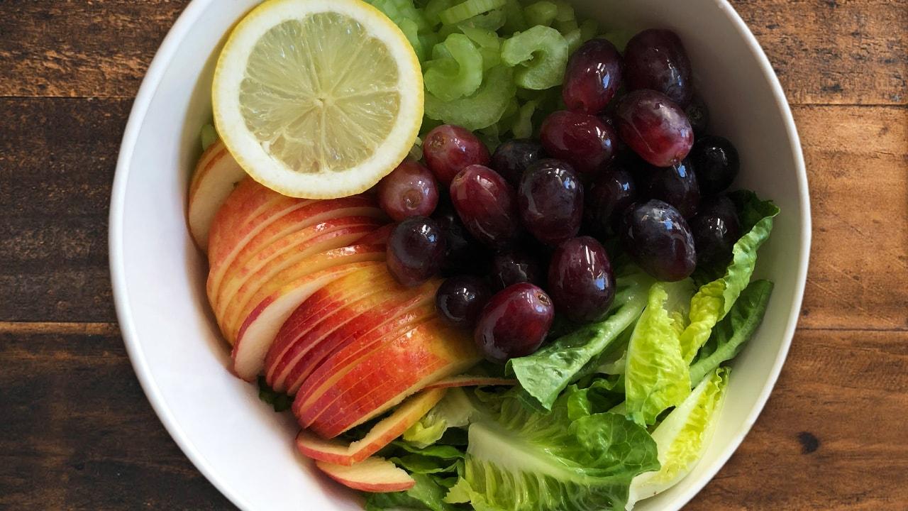 Fruchtiger Sanguinum Sommersalat