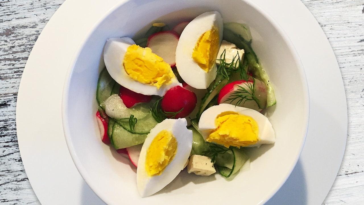 Radieschensalat mit Ei
